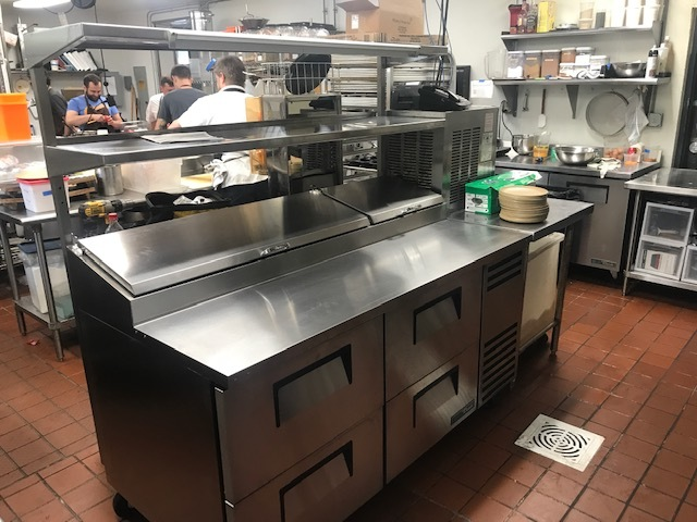 Commercial Foodservice Refrigerator & Freezers